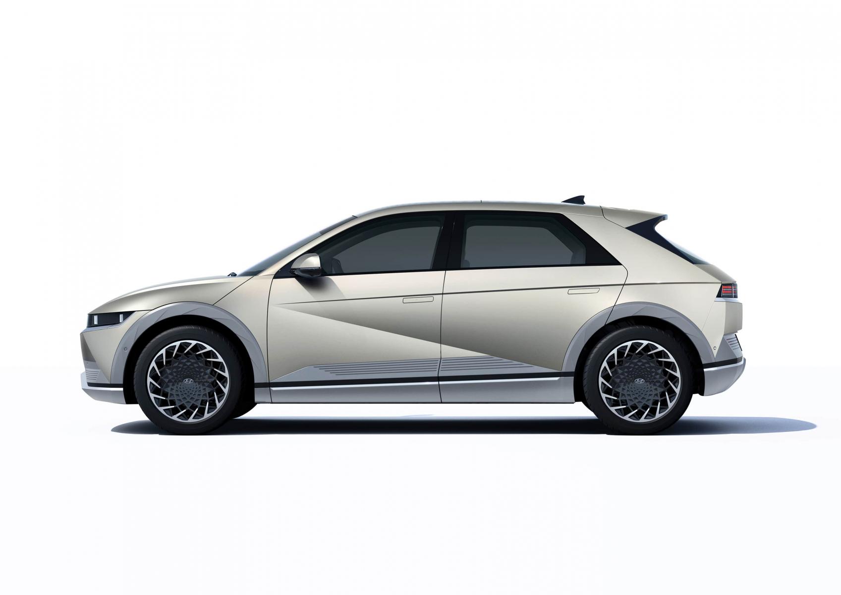 Hyundai IONIQ 5 переосмислює спосіб життя з електричною мобільністю   Автопалац Тернопіль - фото 12